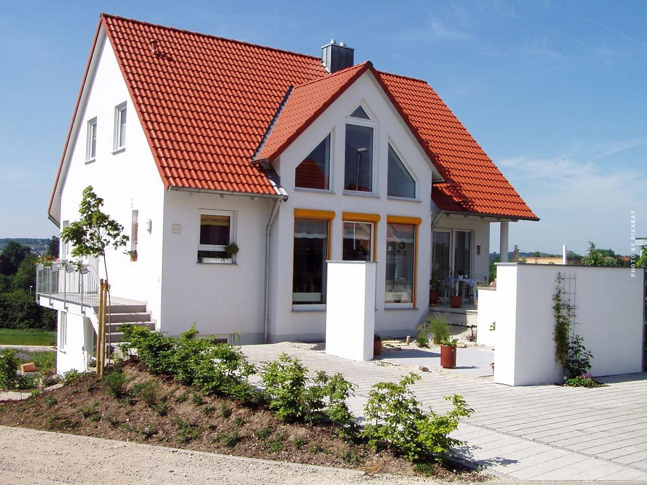 Einfamilienhaus kaufen: Vor- & Nachteile, Preise, Checkliste, Tipps