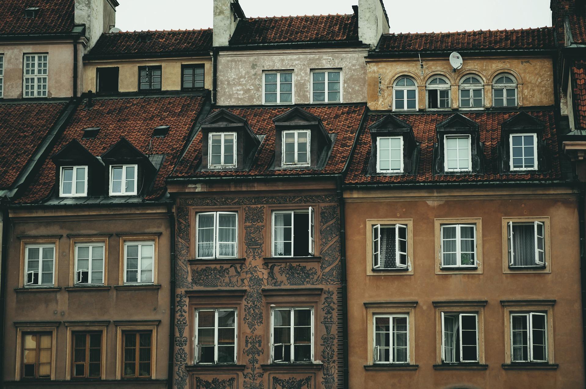 Dachgeschosswohnung kaufen: Quadratmeterpreise, Kosten, Vor- & Nachteile, Tipps