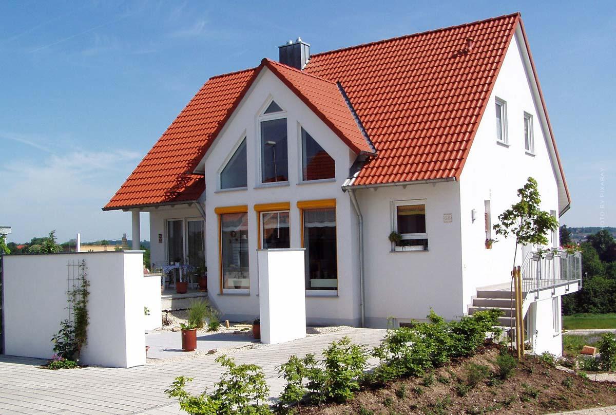 Mehrfamilienhaus kaufen: Quadratmeterpreis, Vor- & Nachteile, Checkliste, Tipps
