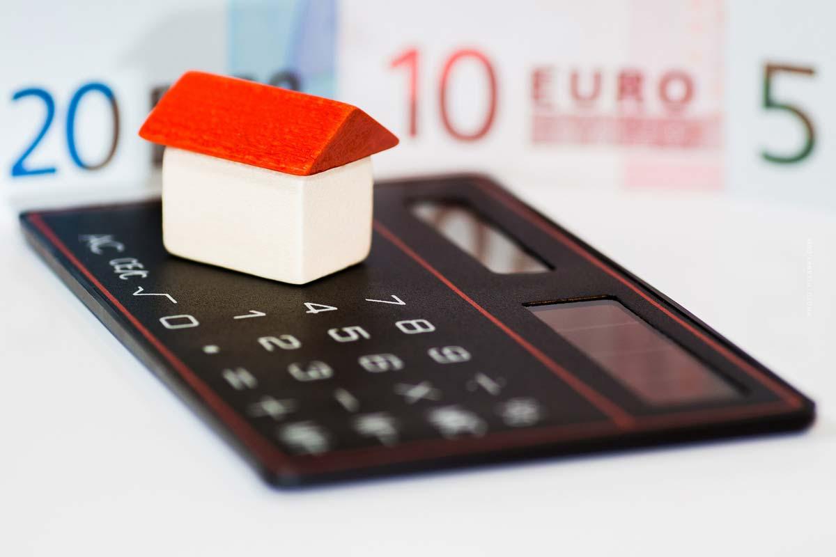 Kaufpreis berechnen: Kaufnebenkosten, Steuer, Notar, Grundbuchen, Makler ... Rendite?!
